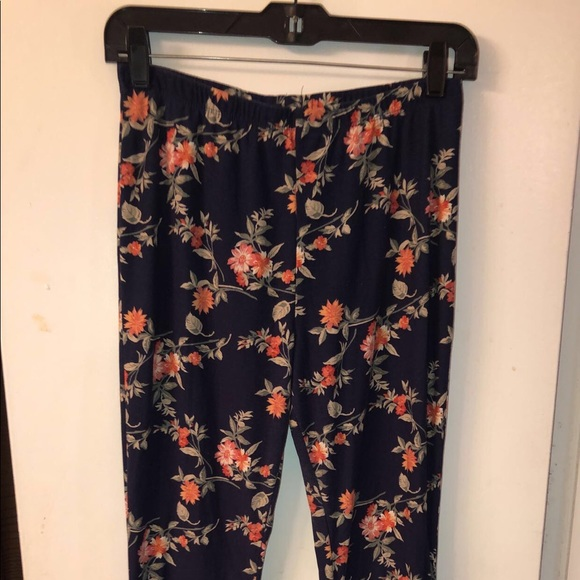 Forever 21 Pants - Floral Stretchy Palazoo Pants